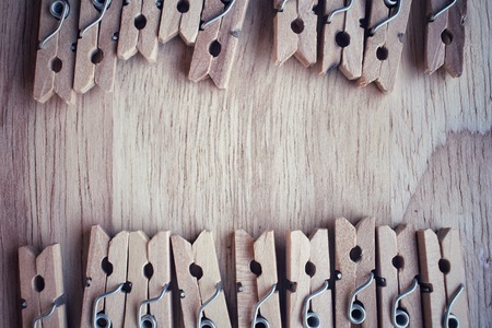 pegs: Wooden cloth pegs