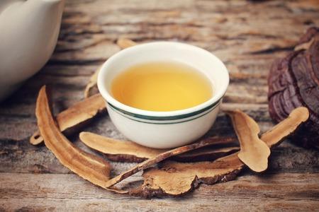 lucidum: Ganoderma lucidum tea - Ling zhi mushroom.
