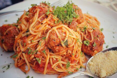 spaghetti sauce: Spaghetti with meatballs