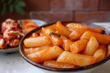 Cake rijst met kimchi Koreaans voedsel Stockfoto - 51383371