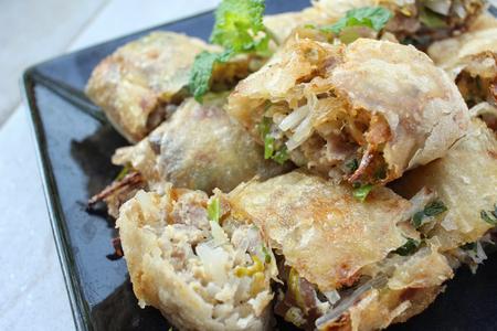 egg roll: Egg roll vietnamese food