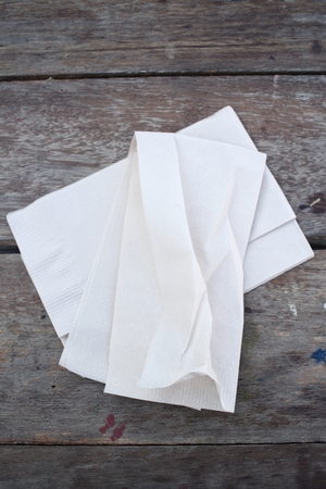 sniff: Tissues paper