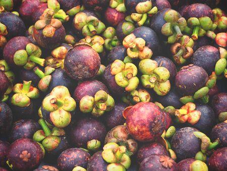 mangostano: Mangosteen