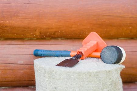 caulking: Tools for the caulking log home.