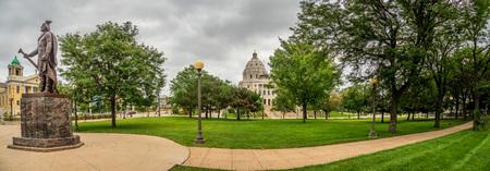 Panoramic view of the Minnesota Capitol Building and surrounding area in Saint Paul, MN. Sajtókép