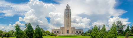 El famoso e histórico edificio Art Deco del Capitolio del Estado de Louisiana, Baton Rouge, LA Editorial