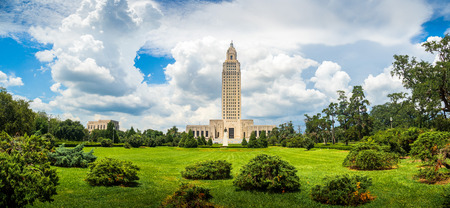 El famoso e histórico edificio Art Deco del Capitolio del Estado de Louisiana, Baton Rouge, LA