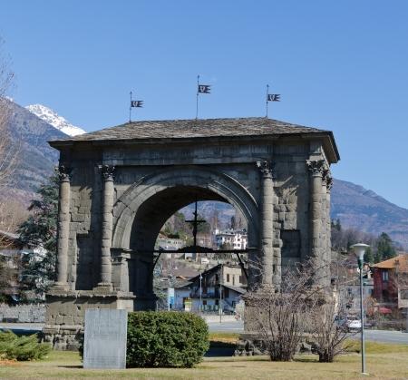 aosta: Arch of Augustus - Aosta - 25 B C