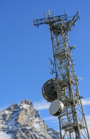 electromagnetism: Telecommunications in the high mountains