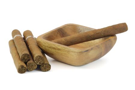 isolaten: Cuban cigar habanos isolaten on white. Cigars rolled with loose tobacco leaves.
