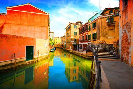Groeten uit Italy.Venice - Exquisite antieke gebouwen langs de grachten.