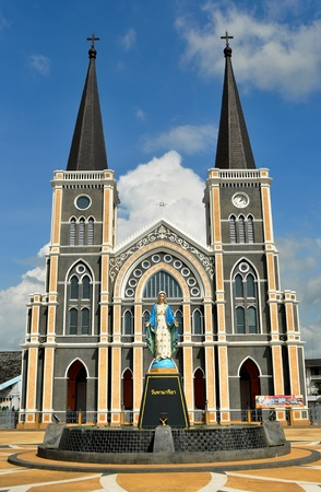st maria monument standing front of twin dome church Stock Photo - 12115713