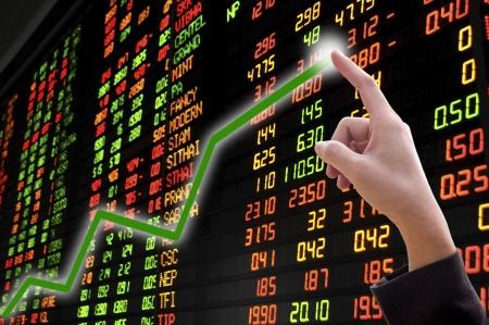 handl with financial statistics