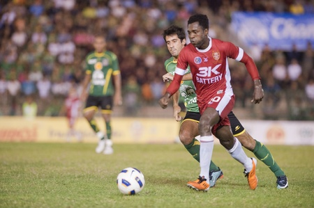 BANGKOK THAILAND- APRIL 6 : Thai Premier League (TPL) between Army Utd. (green) vs BEC Tero Fc (red) onApril 9, 2011 at Army Stadium in Bangkok Thailand