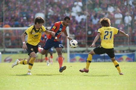 premierleague: Football : Thai Premier League (TPL) 2011 Editoriali