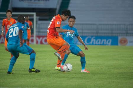 premier league: BANGKOK THAILAND-MARCH 30: Thai Premier League GSE Samutsongcham FC and Suphanburi FC at Army Stadiumon March 30,2014 in Thailand   Editorial