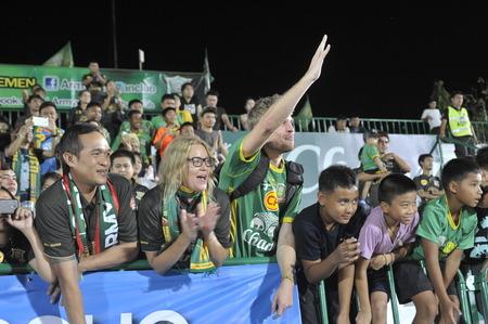 premierleague: BANGKOK THAILANDIA-4 marzo Thai Premier League tra dell'esercito degli Stati e Chonburi FC Army Stadiumon maggio 4,2014 in Thailandia Editoriali