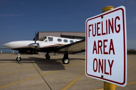 Airplane Fueling Stock Photo - 4011226