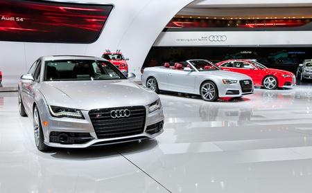 DETROIT - 11 janvier: Audi S7 sur dosplay à l'horizon 2012 en Amérique du Nord Auto Aperçu internationale de l'industrie Salon le 11 Janvier 2012 à Detroit, Michigan. Éditoriale