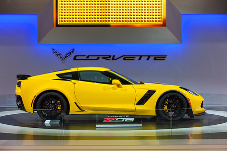 corvette: CHICAGO - FEBRUARY 7 : A 2015 Chevy Corvette Z06 on display at the Chicago Auto Show media preview February 7, 2014 in Chicago, Illinois.