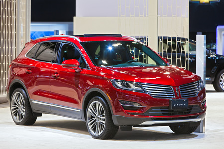 Chicago - February 12: A Lincoln MKX on display February 12th, 2015 at the 2015 Chicago Auto Show in Chicago, Illinois. Editöryel