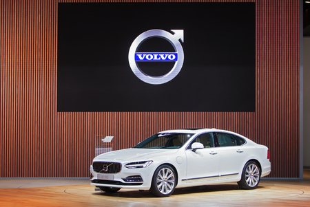 american media: DETROIT - JANUARY 13: The 2016 Volvo S90 on display at the North American International Auto Show media preview January 13, 2016 in Detroit, Michigan. Editorial