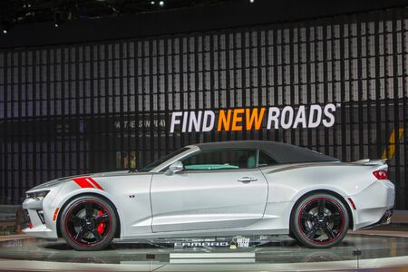 DETROIT - JANUARY 13: The 2016 Chevy Camaro on display at the North American International Auto Show media preview January 13, 2016 in Detroit, Michigan. Stok Fotoğraf - 55125627