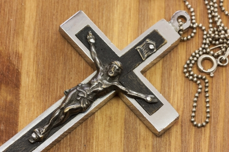 Pendant Cross in wood photo
