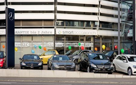 ag: Wallisellen, Switzerland - 13 November, 2015: KETO Autocenter AG smart Center Zurich-Wallisellen, view from the Neugutstrasse street. KETO Autocenter AG provides authorized smart and Mercedes-Benz sales and services. Editorial