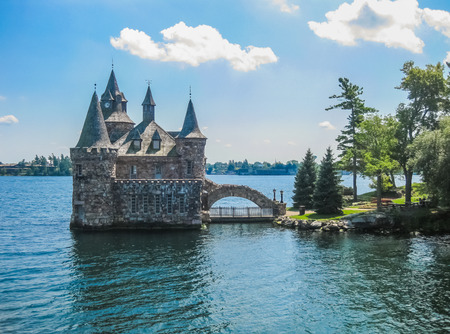 lawrence: Overview of Boldt Castle, St Lawrence river, USA-Canada Border