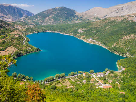 Stunning view of the heart-shaped Scanno lake, the most famous and romantic lake in Abruzzo national Park, central Italy