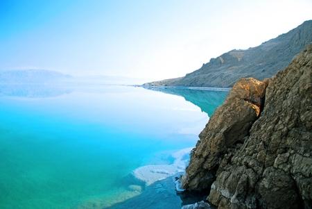 Totes Meer Landschaft ziemlich im Sommer Tag zu reinigen