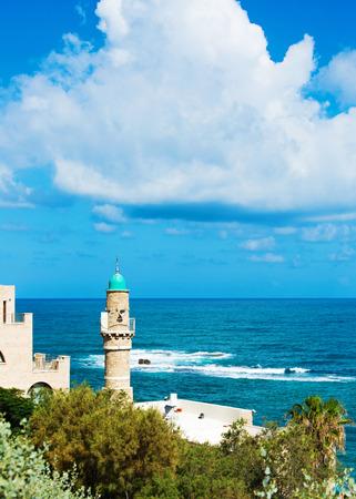 yaffo: Mezquita en Jaffa, en la costa mediterr�nea