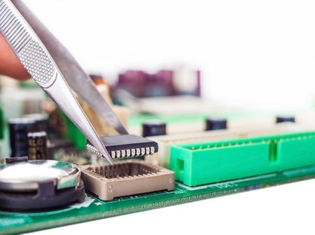 pinzas: reparaci�n de piezas de montaje pinzas de ordenador y placa