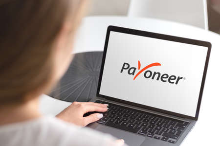 Guilherand-Granges, France - October 08, 2020. Notebook with Payoneer logo. American company operating a worldwide online payment system. Online money transfers. Stok Fotoğraf - 158370330