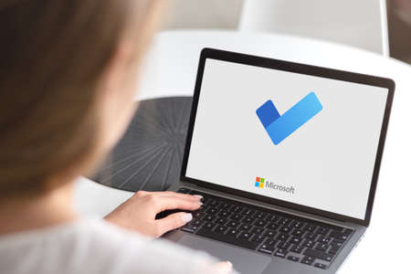 Guilherand-Granges, France - February 16, 2021. Notebook with Microsoft ToDo logo. cloud-based task management application by Microsoft. 新聞圖片