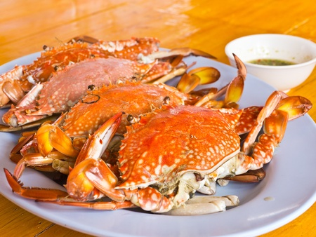 Steamed blue swimming crab dish