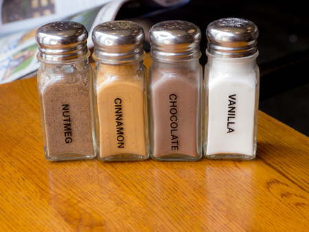 Flavoring shaker selection of beverage