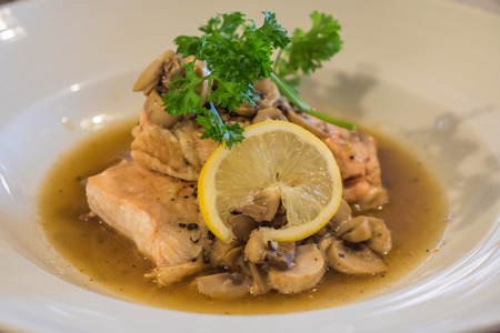 Chicken steak with mushroom and lime