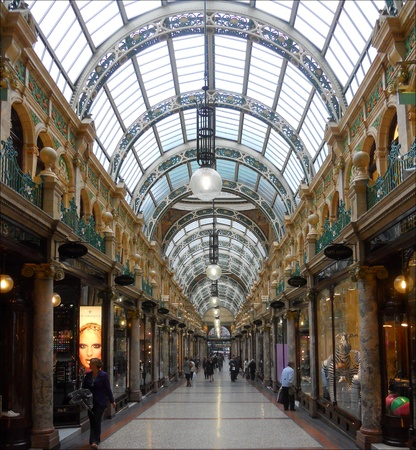 County Arcade en el barrio Victoriano Leeds City Centre Editorial