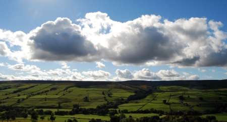 north yorkshire: Cumulus Clouds over North Yorkshire Dales