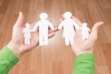 problemas familiares: El concepto de familias rotas y problemas familiares