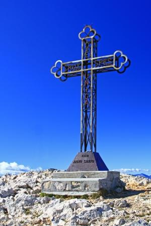 italien: Summit cross on Punta Telegrafo  2200m , Monte Baldo, Italien Alps, Italy