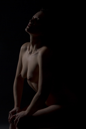naked woman back: anticipating - art nude