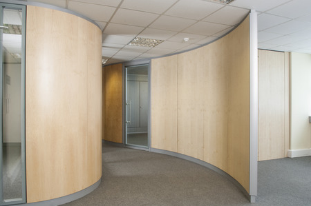 partitions: Office partitions in a modern empty office