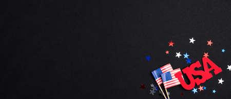 美国独立日横幅模板与美国国旗,签署美国和五彩纸屑。7月4日庆祝海报模板。爱国主义与美国国定假日观念