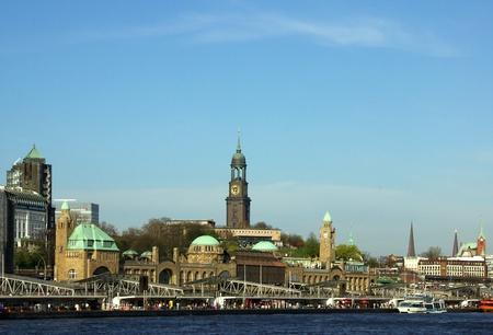 hamburg: Hamburg Landungsbrücken