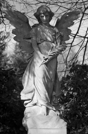 Angel statue in BW photo
