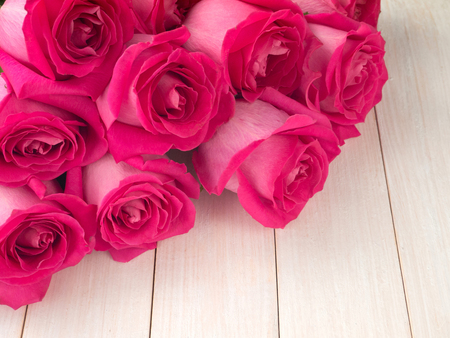 Pink hybrid tea roses bouquet