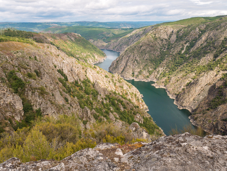 Canyon of Sil river in the province of Ourense, Galicia, Spain. Ribeira Sacra deep canyon landscape view from Vilouxe viewpoint. Stock fotó